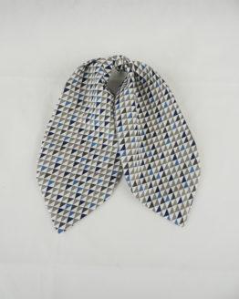 foulard géométrique