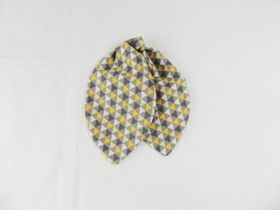 foulard géométrique yellow